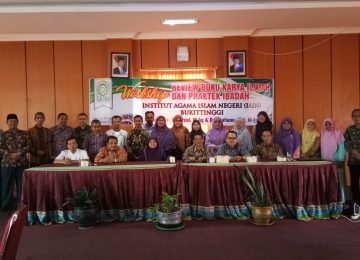 Workshop Review Buku Karya Ilmiah